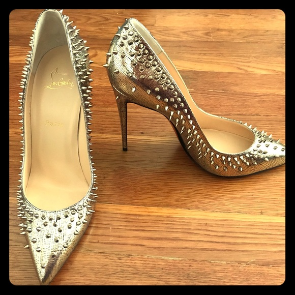 more photos bbc9c e6d59 Christian Louboutin Escarpic 100 mm Spiked Pump NWT